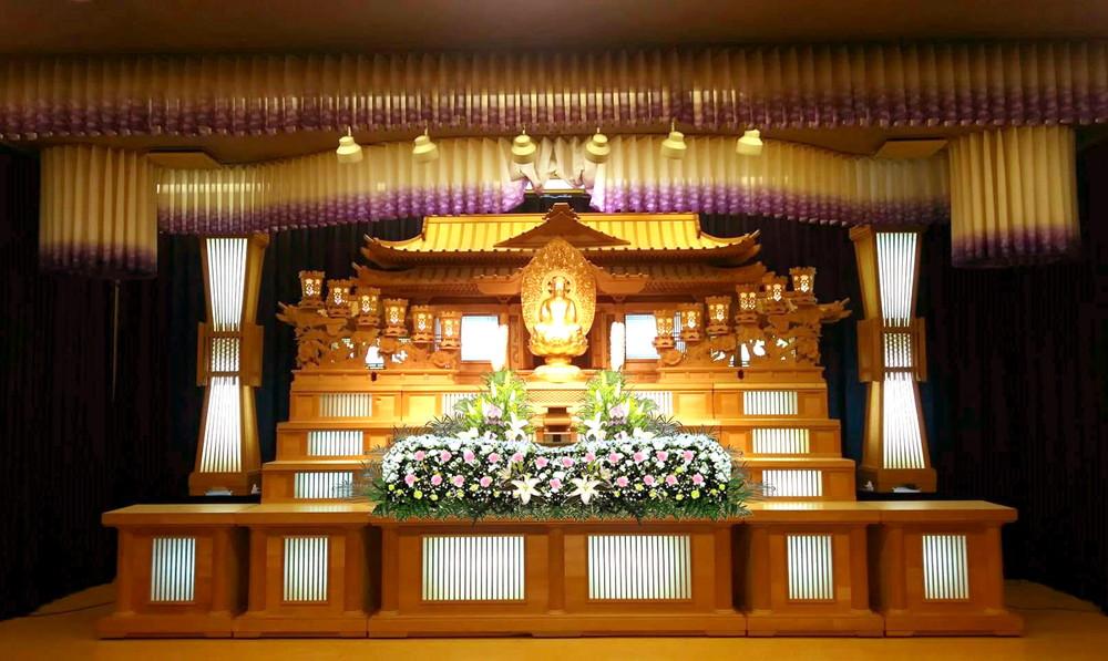 石巻葬儀社/石葬会館の本館2階白木祭壇